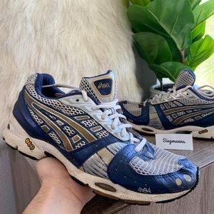 Asics Gel-Nimbus Vll TN529 Running Shoes